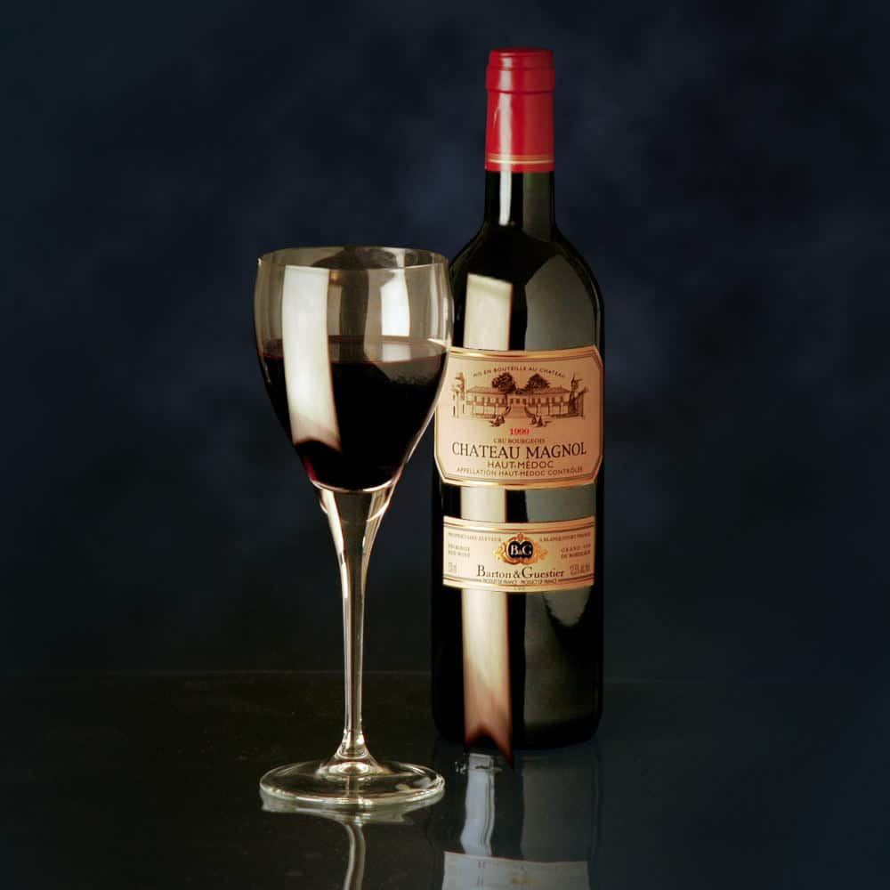 Product Photography a simple wine and wine glass