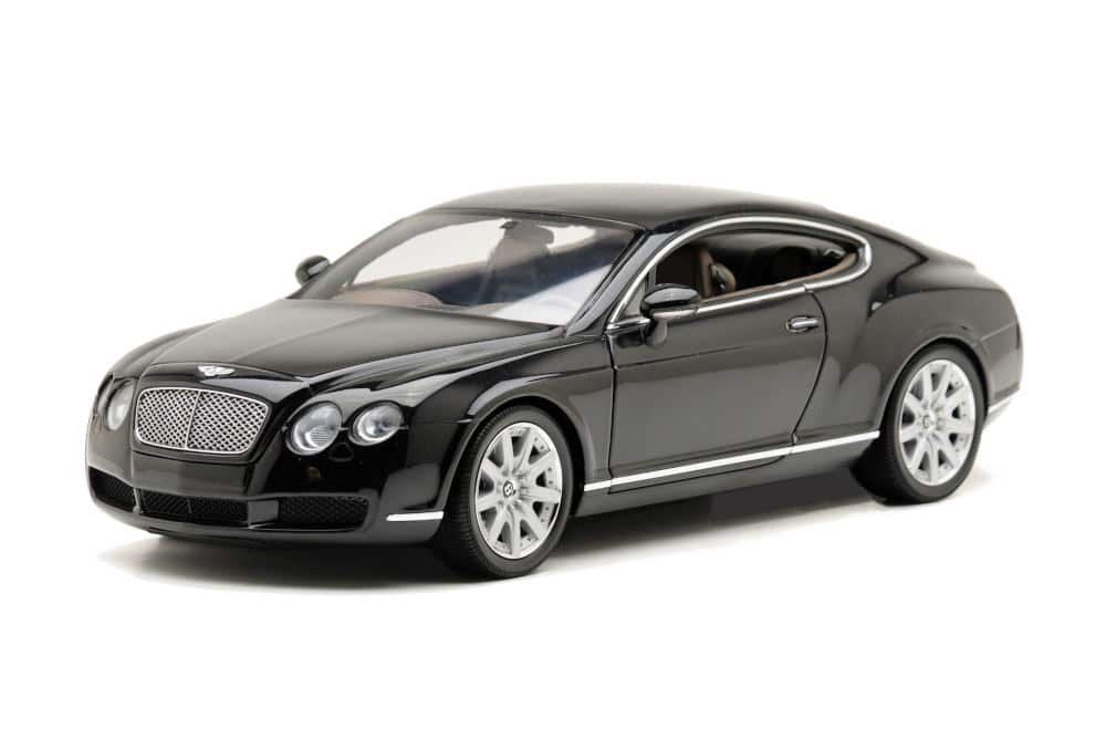 Product Photography lighting of luxury car