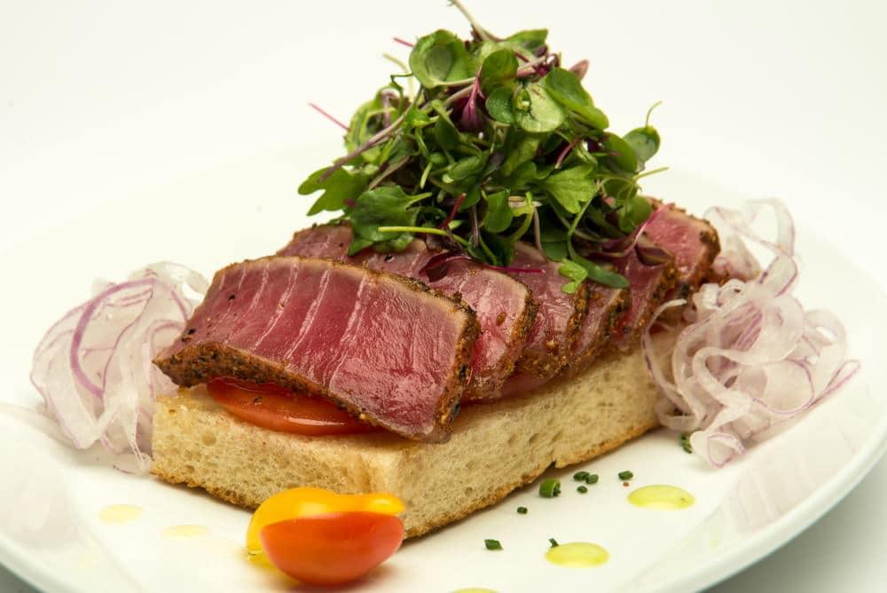 Food Photography of a seared ahi plate