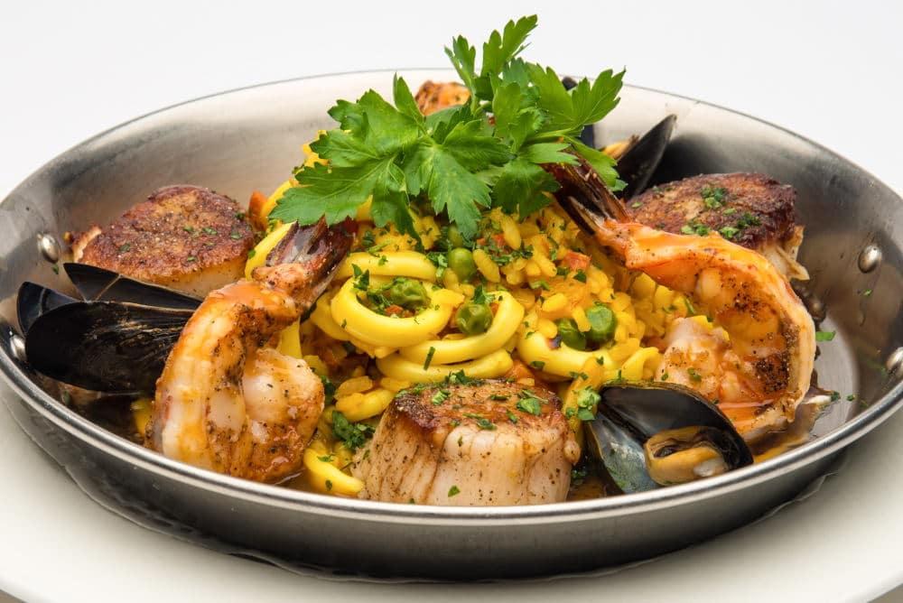 Food Photography of a seafood pan